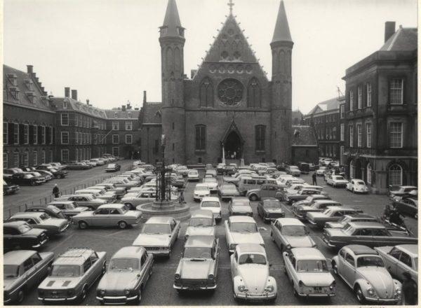 Het Binnenhof een tijdje geleden